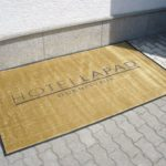 Hotel Lapad Dubrovnik-otirač sa logom