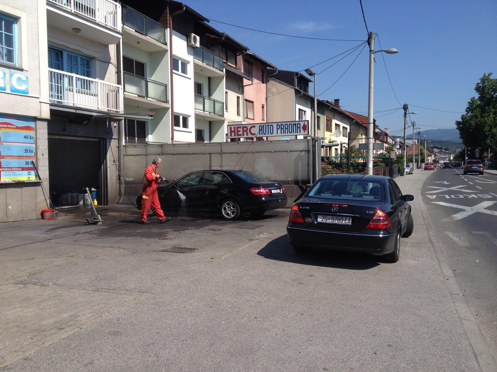Dan Mercedesa u auto praonici Herc Rudeš..