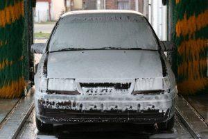 Da li je bolje automatsko ili ručno pranje vozila?
