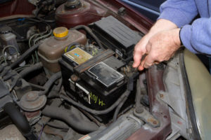 Kako pravilno mijenjati akumulator?