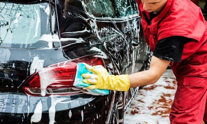 Ručno pranje automobila