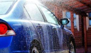 Pranje automobila deterdžentom za posuđe nije dobra ideja